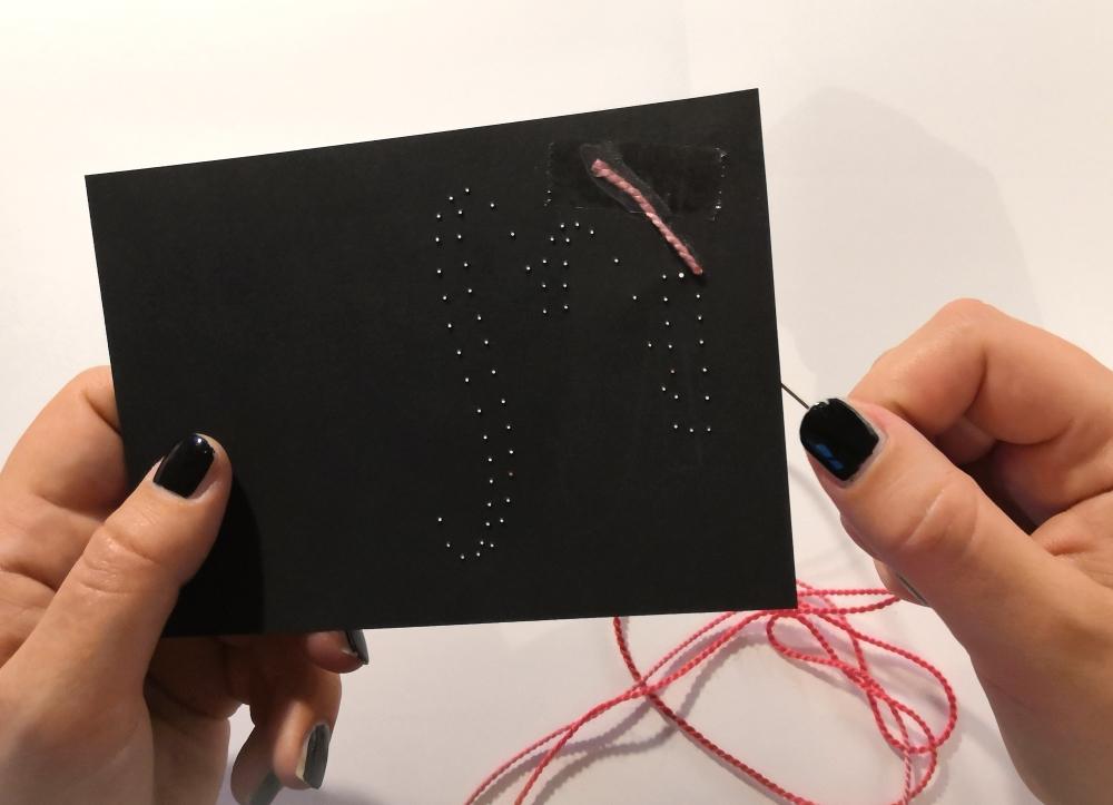 HeArtDeco Weihnachtskarte mit Lettering und Wollreste