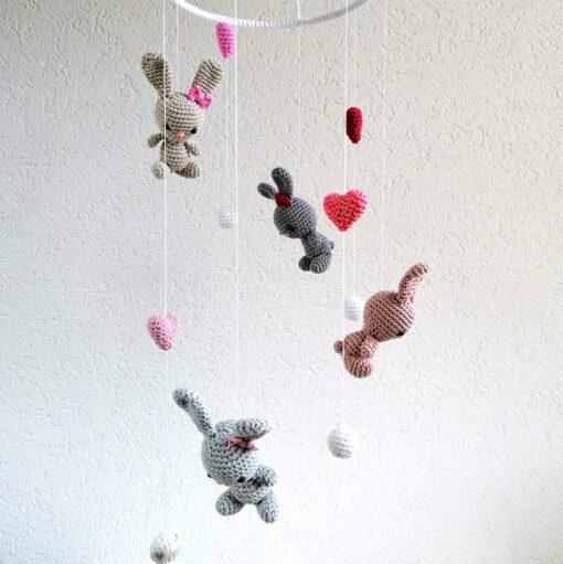 HeArtDeco Mobile mit Hasen und Herzen