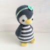 Heartdeco Spieluhr Pinguin gehäkelt